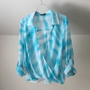 BEBE Light Blue Tie Dye Wrap Style Top Long Slvs